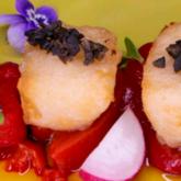 Receta de bacalao en tempura con pimientos asados y tapenade